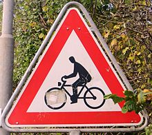 Warning crossing Cyclists 01.JPG