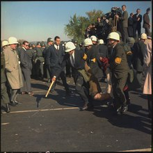 opposition to united states involvement in the vietnam war u s marshals dragging away a vietnam war protester in washington d c 1967