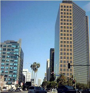 San Vicente Boulevard - Intersection of Wilshire and San Vicente Boulevards, at the western end of the Miracle Mile neighborhood of Los Angeles, California.