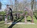 Witten Skulptur Die Herstellung von Tiegelgussstahl.jpg
