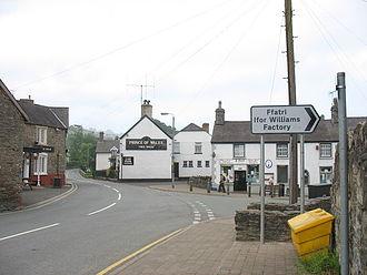 Cynwyd, Denbighshire - Image: Y Sgwar, Cynwyd The Square geograph.org.uk 469367