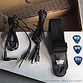 You Rock Guitar - 004 out of the box.jpg