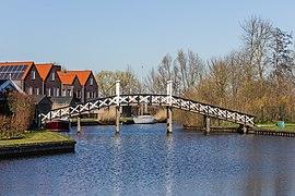 Zicht op de brug over de Greft in Hindeloopen. 30-03-2021. (actm) 01 02.jpg