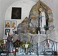 """""""Maria hat geholfen"""" Marienverehrung im Eingangsbereich der Kath. Kirche St.Philippus und Jakobus in Arriach-Bezirk Villach-Land.jpg"""