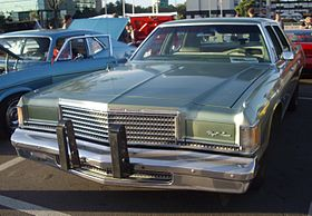 '77 Dodge Royal Monaco (Orange Julep '12).JPG