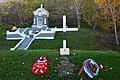 Братская могила защитников города и часовня.jpg