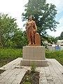 Братська могила радянських воїнів 1000.jpg