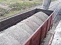 Погрузка бентонита в вагоны.jpg