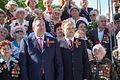 Шевчук и Рогозин 9 мая 2013.jpg