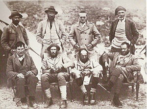 Harold Raeburn - Everest Expedition 1921. Raeburn – is standing on the right.