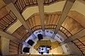 גרם המדרגות בקולנוע אסתר - מלון סינמה, תאורת לילה.jpg