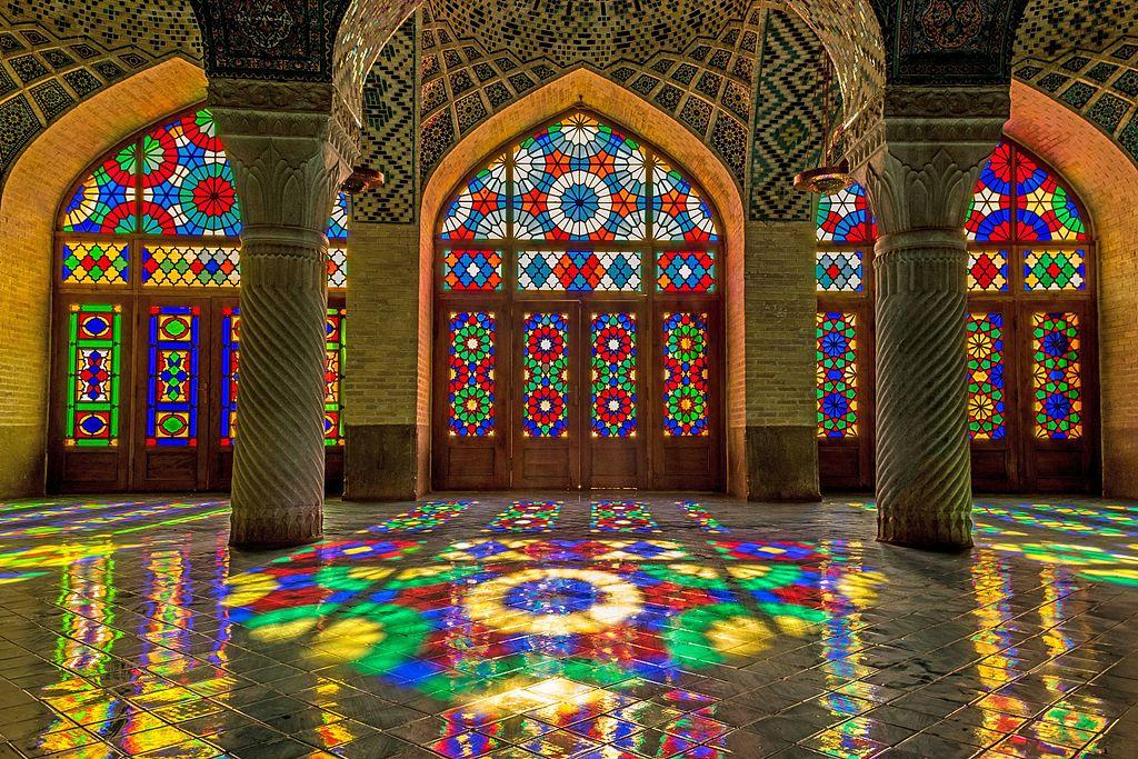شبستان زیبای مسجد نصیرالملک شیراز