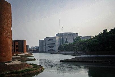 জাতীয় সংসদ ভবন 01.jpg