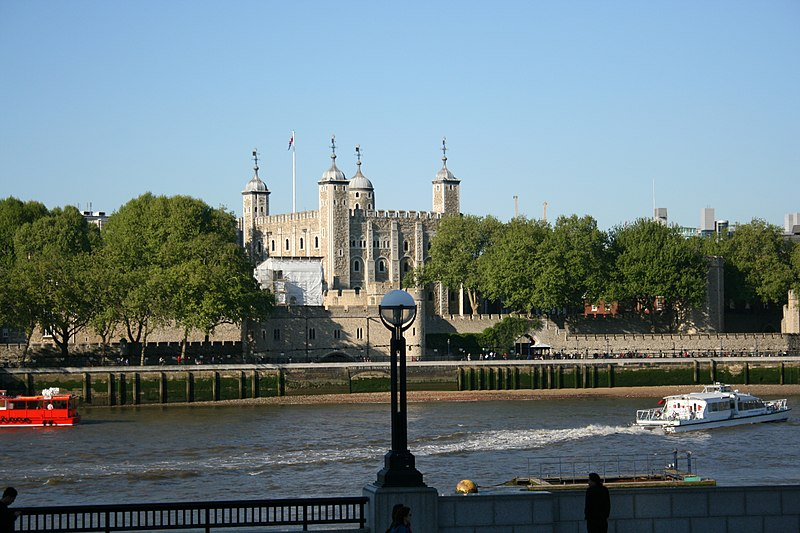 Fil:002SFEC TOWER OF LONDON-200705.JPG