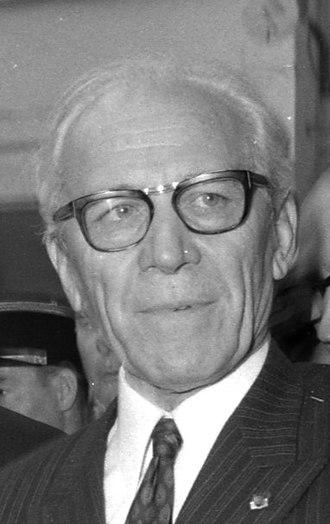 Institut supérieur de l'aéronautique et de l'espace - Henri Ziegler, father of the Airbus program.