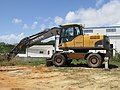 11-05-2017 Excavator Volvo EW-160C, Albufeira.JPG