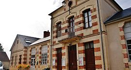 The town hall in Mornay-Berry