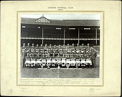 1939 1940 everton team photo.JPG