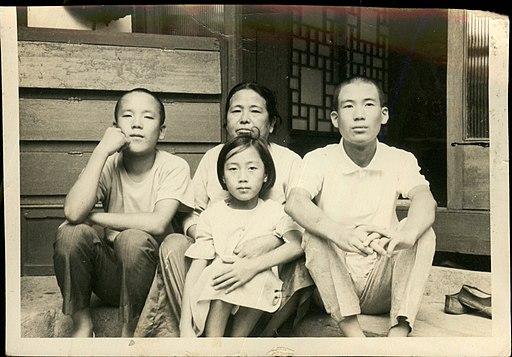 1960년대 후반 최태순, 조영저, 최혜순, 최기순 HDT1 1 (34)