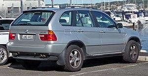 BMW X5 - Image: 2000 2003 BMW X5 (E53) 4.4i 02