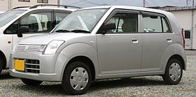 2004-2006 Suzuki Alto HA24S.jpg