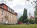 20040626250DR Ivenack Schloß und Kirche.jpg