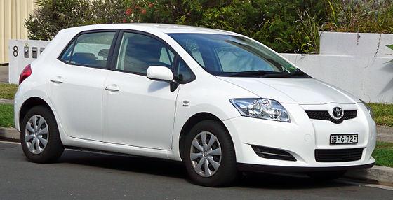 Toyota Королла хэтчбек или Аурис #10