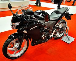 2011 Honda CBR250R black left Motosalon.jpg
