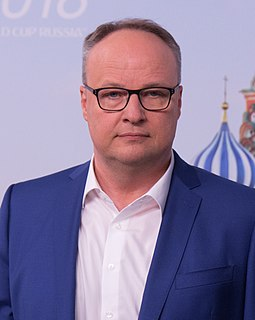 Oliver Welke German television presenter, actor, comedian, voice actor and sports journalist