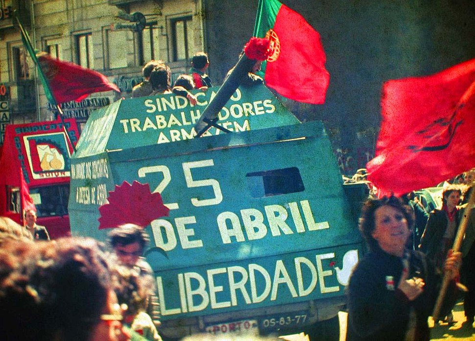 25 Abril 1983 Porto by Henrique Matos 01