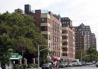 Grand Street (Manhattan) thoroughfare in Manhattan, United States