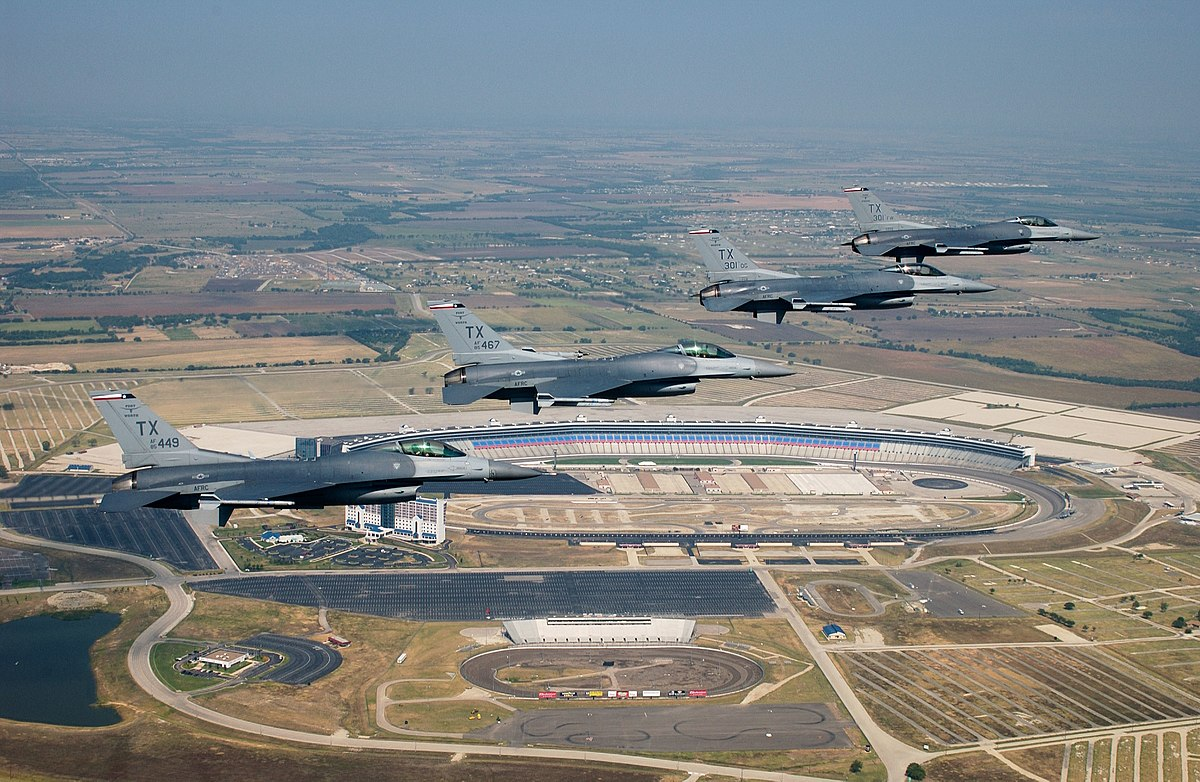 naval air station jrb chat rooms Naval air station joint reserve base naval air station joint reserve base (nas jrb) new orleans is one of only two joint air reserve military bases in the united states.