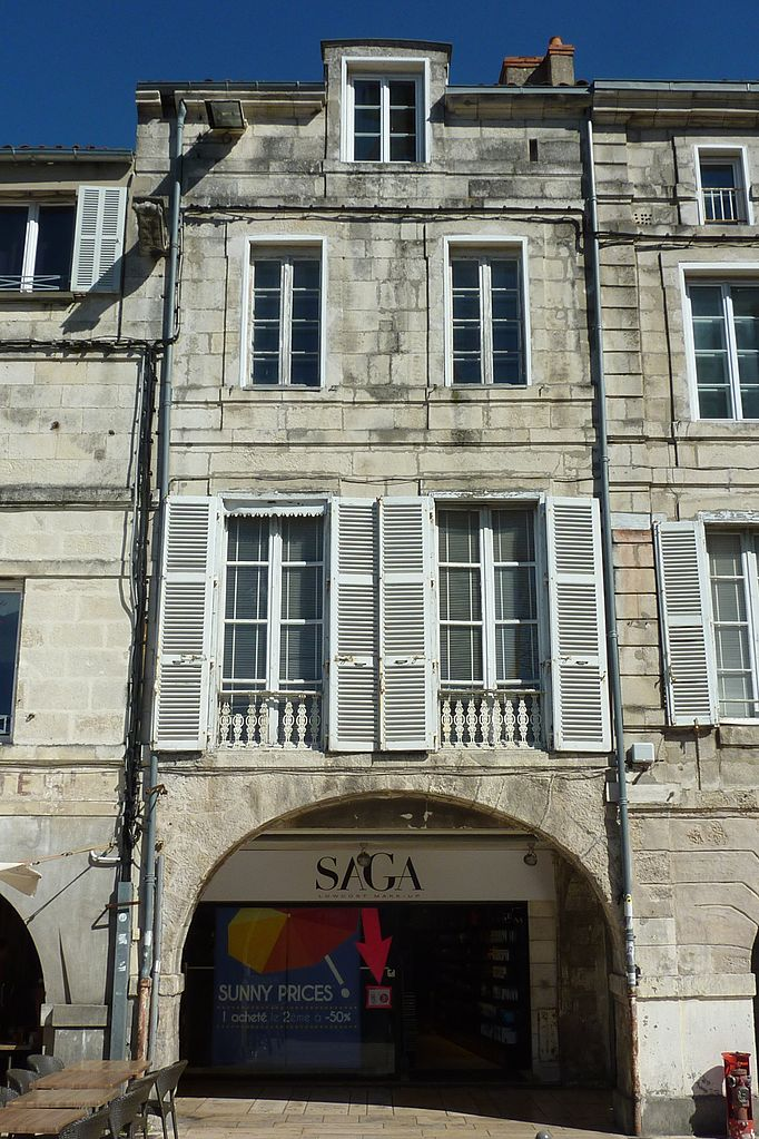 File 358 maison 28 rue chaudrier la for 82 rue brule maison lille