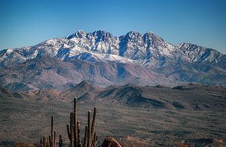 Mazatzal Mountains - Image: 4 Peaks with snow