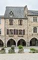 4 Place des Arcades in Sauveterre-de-R.jpg