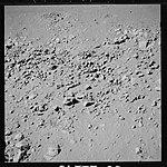 AS15-89-12149 (21054146054).jpg