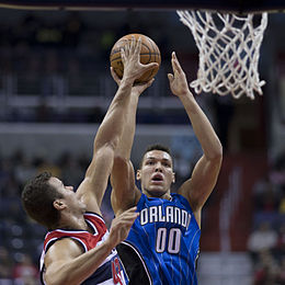 Aaron Gordon (15614234597).jpg