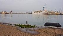 Abou Karim II (ship, 1979) in Sète harbour cf01r.jpg