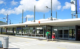 Northern Busway, Auckland - Constellation Busway Station