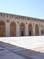 Aleppo (Halab), Omayadenmoschee, 11. Jhdt., Innenhof (38674532322).jpg