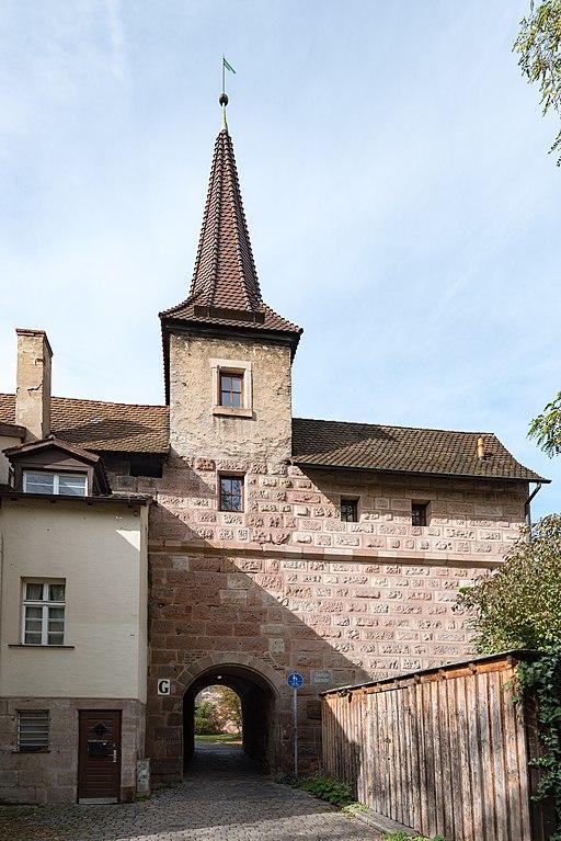 Am Hallertor 1, Torturm Grünes G Nürnberg 20191020 001