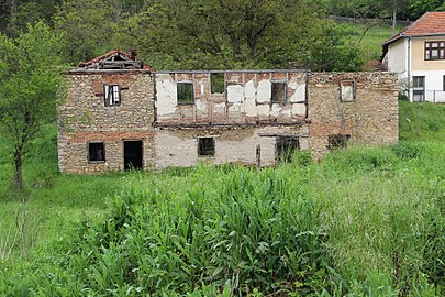 An old farmhouse in the village of Ljuljaci, Serbia (1).jpg