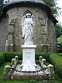 Angel over the Towneley Family Vault - geograph.org.uk - 1017571.jpg