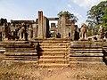 Angkor Thom Bayon 11.jpg