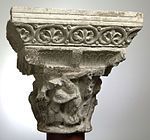 Anonyme toulousain - Chapiteau de colonne simple , La Descente de croix et la Mise au tombeau - Musée des Augustins - ME 134 (1).jpg