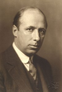 Anthony van Hoboken (1887–1983) 1927 © Georg Fayer (1892–1950).jpg