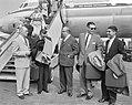 Antilliaanse delegatie op Schiphol Lompe, Jonckheer, Korthals, Iromsquin, Isa, Bestanddeelnr 912-5201.jpg
