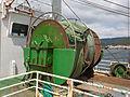 Aparello para recoller redes nunha embarcación pesqueira do porto de Muros. Galiza MU44.jpg