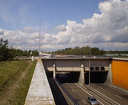 Aquaduct Veluwemeer (1).jpg
