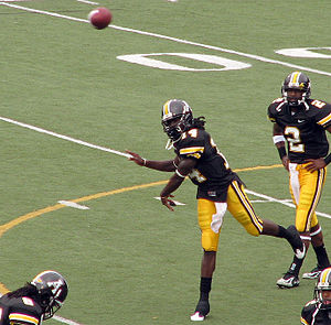Armanti Edwards - Edwards warms up prior to a game against Jacksonville University in 2008.
